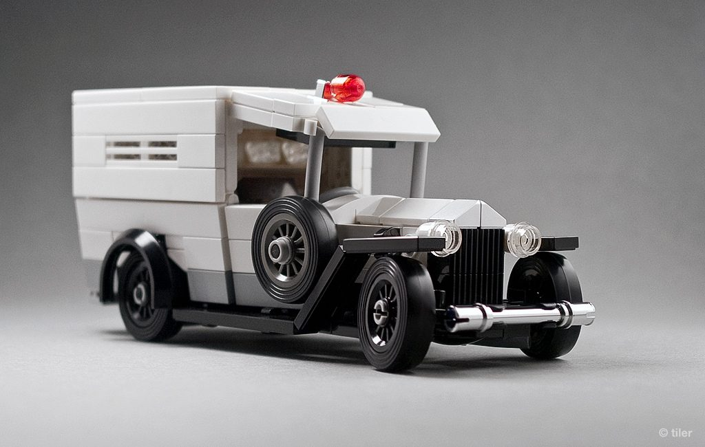 Lego 1930 Ford Model A Ambulance 03