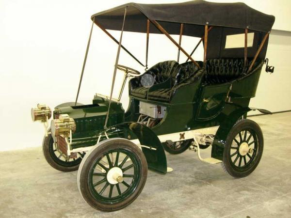 1905 Cadillac Model f