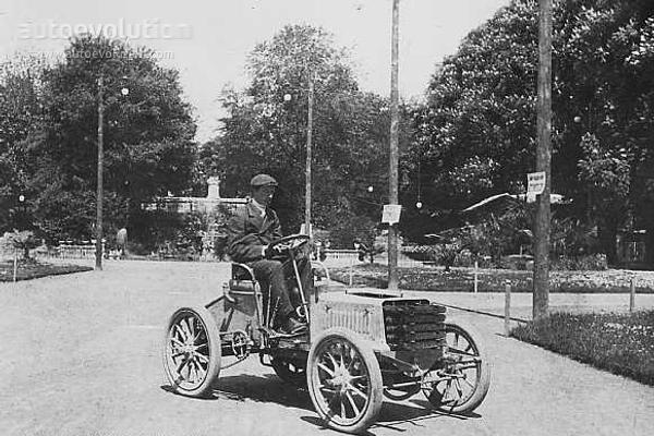 Первый автомобиль Бугатти